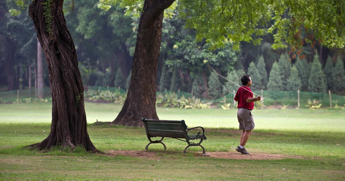 Covid-19: Delhi bars and parks to open from Monday, restaurants allowed longer hours