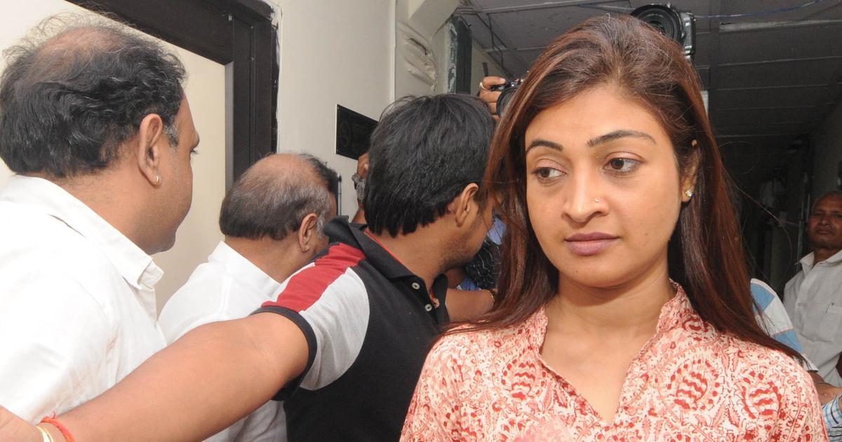 Delhi: Former AAP leader Alka Lamba joins Congress