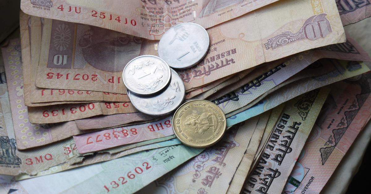 This book charts a history of India through the stories of its paper currencies over the centuries