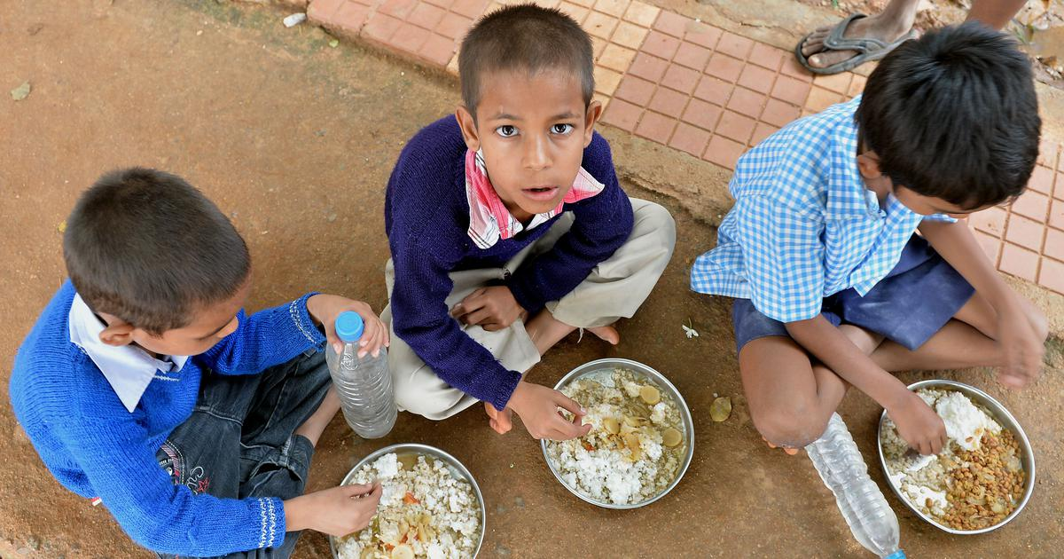 UP: NHRC issues notice after reports of students being served chapatis with salt for mid-day meals