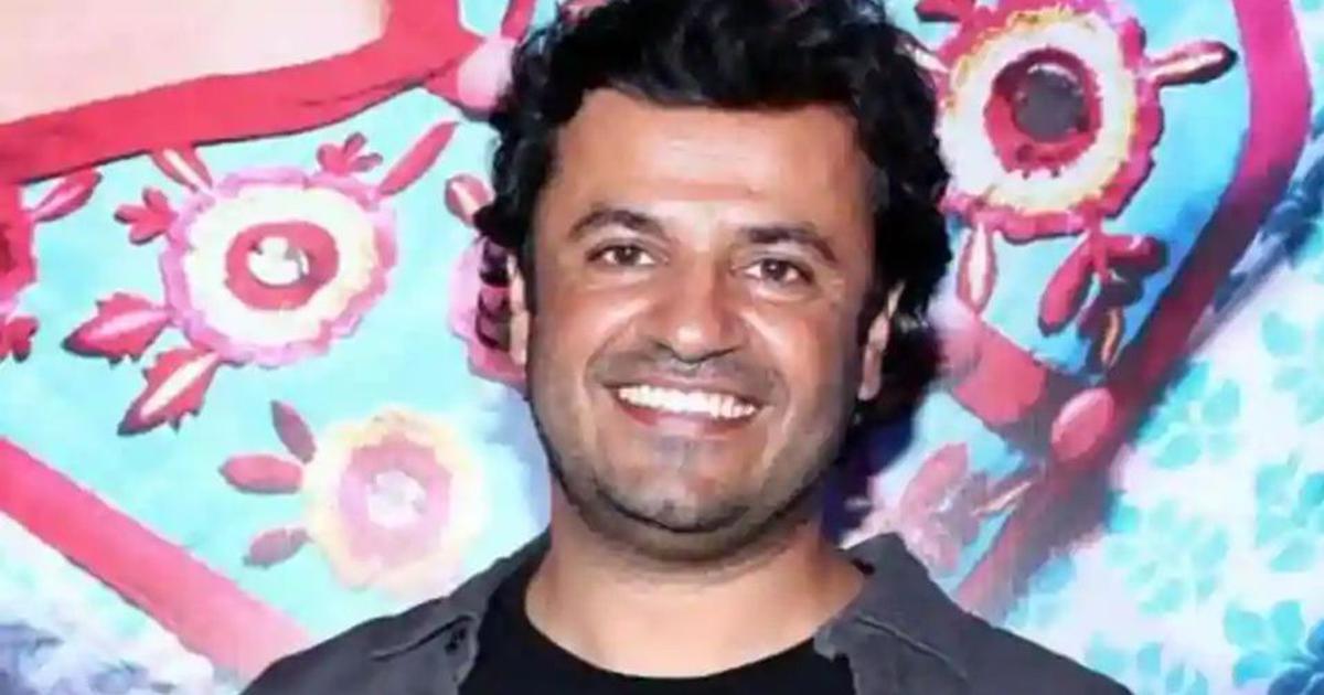 Vikas Bahl sends legal notice to Anurag Kashyap and Vikramaditya Motwane, threatens defamation suit