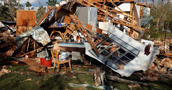 United States: At least 30 killed in four states hit by Hurricane Michael