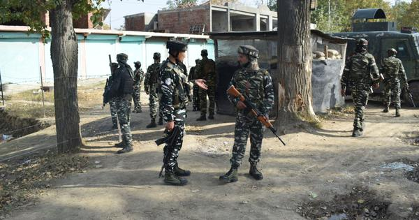 Jammu and Kashmir: Militant involved in attack on police party killed in gunfight in Pulwama