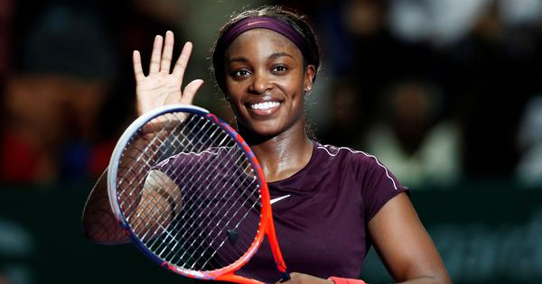 WTA Finals: Sloane Stephens recovers from second set setback to defeat Naomi Osaka