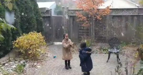 Eritrean refugee children witness their first snowfall in Canada in heart-warming video