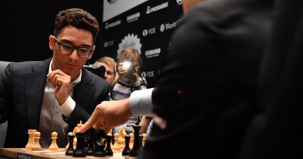 Fabiano Caruana misses great chance to beat Magnus Carlsen in game 6 of World Chess Championship