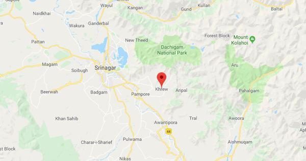 J&K: Soldier, woman injured after suspected militants fire at an ambulance in Pulwama
