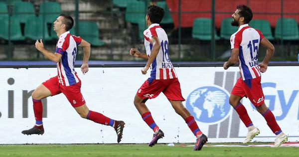 Isl Kerala Blasters Top Four Fate Hangs In The Balance