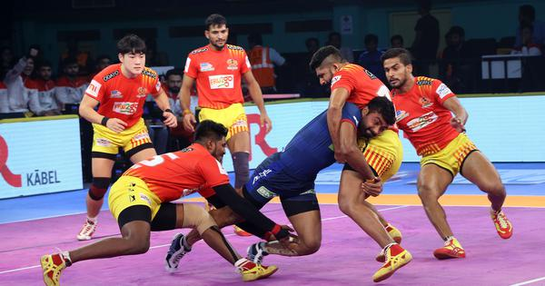 Pro Kabaddi: Gujarat Fortunegiants knock Haryana Steelers out of play-offs race