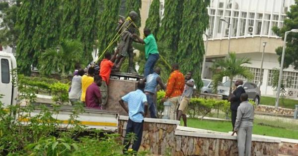 Ghana removing 'racist' Gandhi's statue was a bad idea. We should let memorials to flawed men stand
