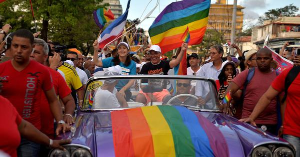 Cuba drops gender-neutral definition of marriage in draft Constitution after public anger