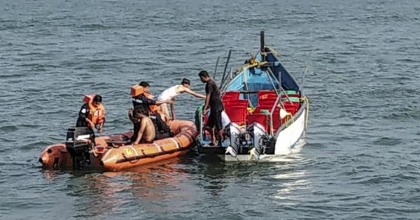 Karwar boat capsize: Toll rises to 14, two people still reported missing