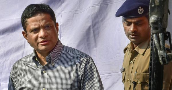 Saradha scam: Former Kolkata police chief granted one-month protection from arrest by Calcutta HC