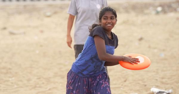 Eco India: How the game of Frisbee is changing the life of fishing communities in Chennai