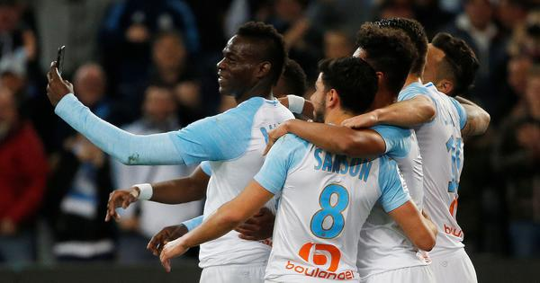 Watch: Balotelli scores superb goal for Marseille, celebrates with Instagram live video on the pitch