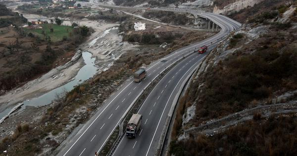 J&K: Civilian traffic ban on National Highway 44 to be completely lifted from May 27