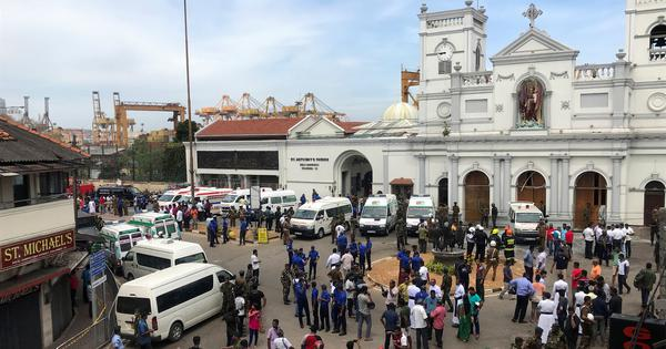 Sri Lanka: At least 137 killed after explosions at two churches on Easter in Colombo