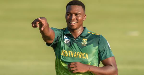 Sammy defends Ngidi after criticism from former South Africa cricketers on Black Lives Matter stand