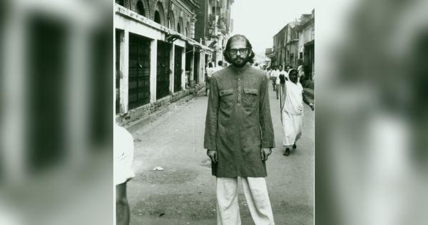 Disillusioned with America, did the poet Allen Ginsberg find an antidote to rationality in India?