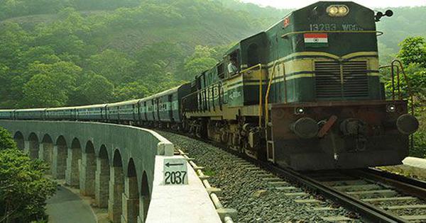ट्रेनाें में यात्रियों को अब मालिश की सुविधा नहीं मिलेगी : रेलवे
