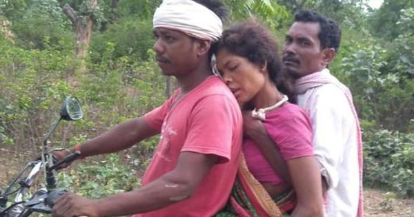 Jharkhand: Pregnant woman carried on bike to hospital, family claims ambulance was not available