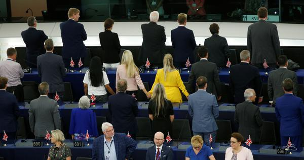 Watch: Britain's Brexit Party MEPs turn their backs on the European Union anthem