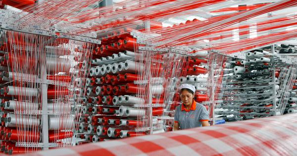 China's economic growth slows to 27-year low of 6.2% in second quarter
