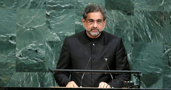 पाकिस्तान : पूर्व प्रधानमंत्री शाहिद खकान अब्बासी भ्रष्टाचार के एक मामले में गिरफ्तार