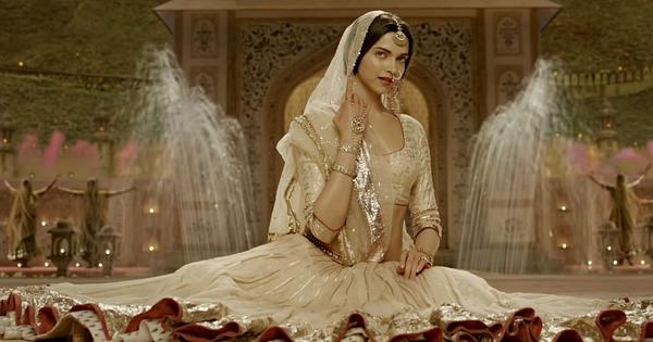 Deepika Padukone's gorgeous robes in 'Bajirao Mastani' and nine other iconic Bollywood costumes