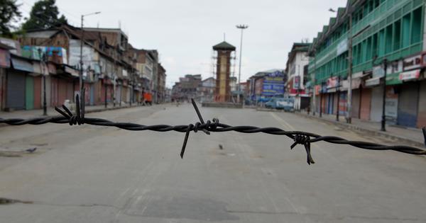 जम्मू-कश्मीर के कुछ इलाकों में फोन सेवाएं फिर शुरू होने सहित दिन के पांच बड़े समाचार