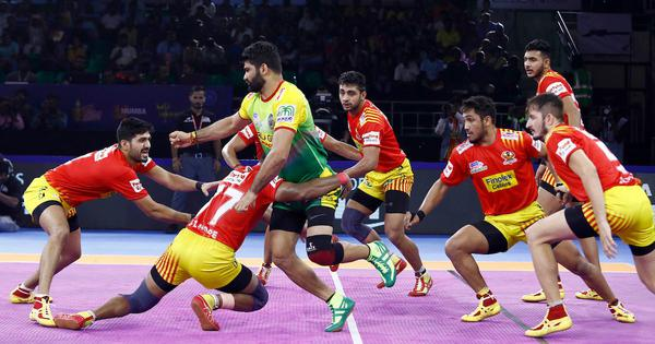 Pro Kabaddi 2019: Gujarat Fortunegiants snap six-game losing streak; U Mumba see off Tamil Thalaivas