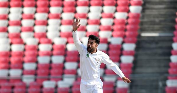 Rashid Khan puts Afghanistan in control against Bangladesh despite Mosaddek Hossain's late fightback