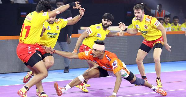 Pro Kabaddi: Puneri Paltan begin home leg with win to boost playoff hopes; Haryana Steelers march on