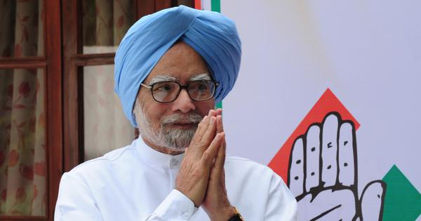 'State of economy is deeply worrying,' says Manmohan Singh, hours after GDP figures are released