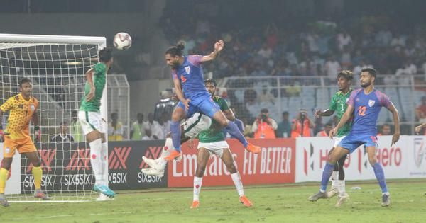 World Cup qualifiers: Adil Khan's late goal sees sloppy India play out 1-1 draw against Bangladesh
