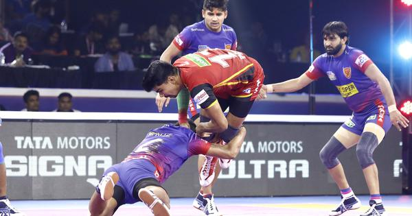 Pro Kabaddi: Dabang Delhi, Bengal Warriors' SF wins a case of team work beating individual show