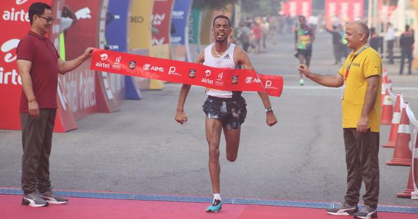 Delhi Half Marathon: Belihu, Gemechu defend titles; Srinu Bugatha, L Suriya best among Indians
