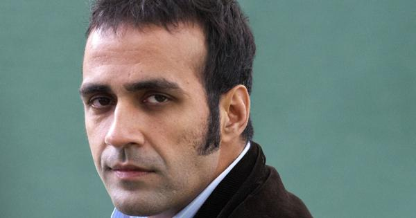 Review cancellation of Aatish Taseer's OCI status: Salman Rushdie, Margaret Atwood urge India