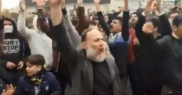Watch: Scenes from protests in Iran as people battle a nationwide internet shutdown