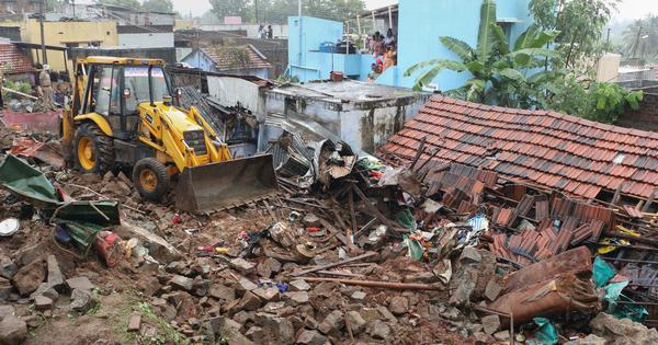 Tamil Nadu: Wall under which 17 people got crushed was built to keep away Dalits, allege protestors