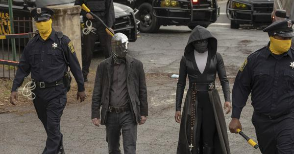 Coronavirus: 'Watchmen' from the HBO show are now 'Washmen'