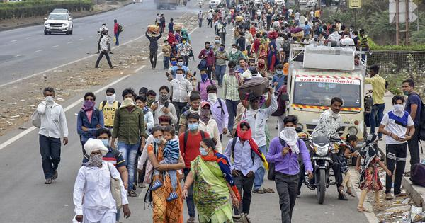 Gujarat: Police fire tear gas on migrant workers for defying coronavirus lockdown, over 90 arrested
