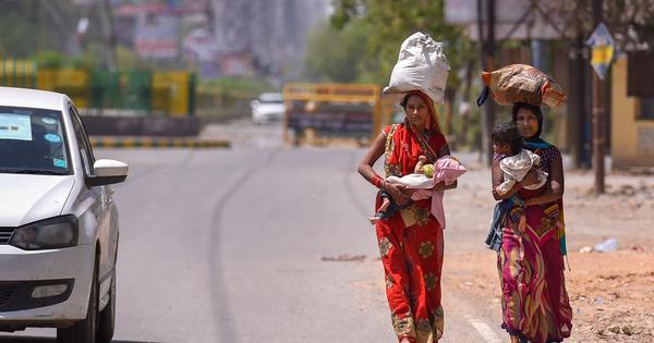 संपन्न भारत जब गरीबों के बारे में सोचता है तब वह अपने बारे में ही सोच रहा होता है