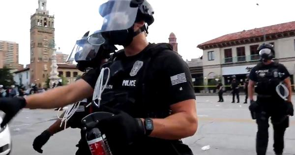 Watch: US police use pepper-spray on, threaten, and arrest journalists on the job