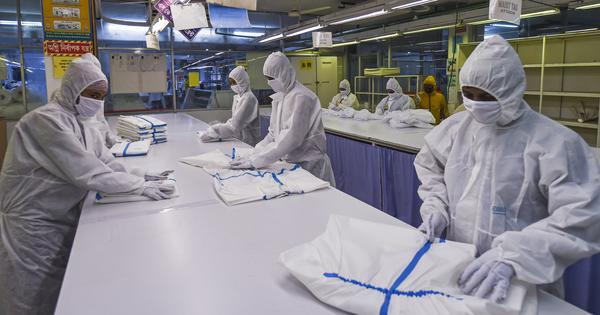 What the coronavirus gear suppliers in the US can learn from the global fashion industry