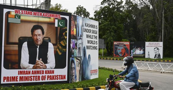 Imran Khan unveils new map showing J&K, Junagadh in Pakistan; India ridicules move