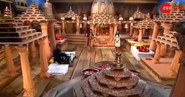 Watch: From devotional songs to makeshift temple, here is how TV channels covered the Ayodhya event