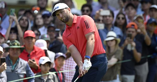 Watch: Jon Rahm makes 'ridiculous' 66-foot birdie putt to win BMW Championship