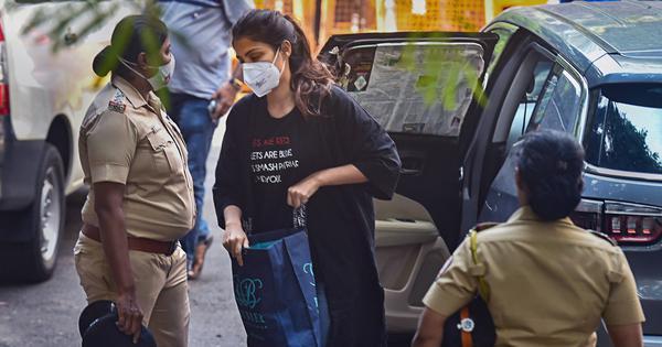 Sushant Singh case: Centre moves Supreme Court against Rhea Chakraborty's bail