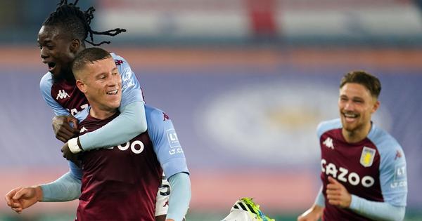 Premier League: Aston Villa maintain perfect start after Ross Barkley's late winner sinks Leicester